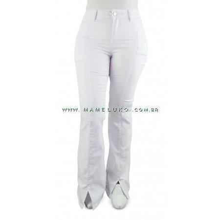 Calça Jeans Feminina Sawary Flare Hot Pants com Fenda na Barra - Branca
