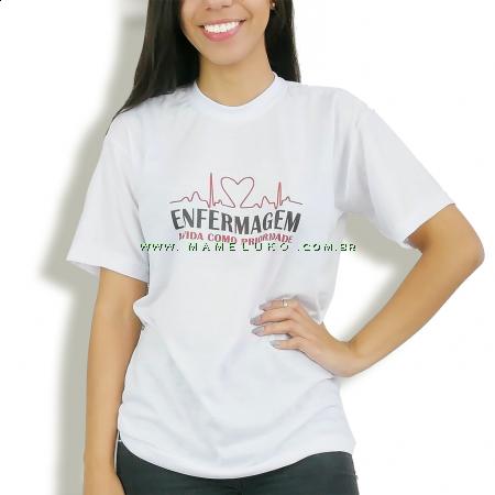 """Camiseta Unissex """"Vida Como Prioridade"""" - Branca"""