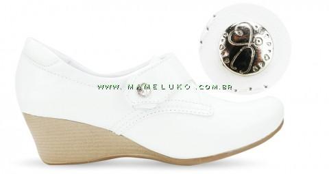 Sapato Branco Feminino Anabela 4107 - Branco com Pin Esteto Love