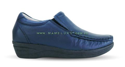 Sapato em Couro Salto Anabela - Azul Marinho