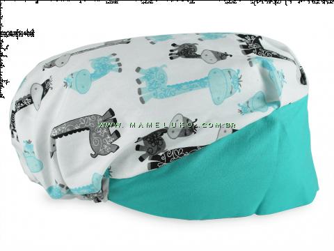 Touca Elástica Profissional Girafas Baby - Branca com Aba Verde