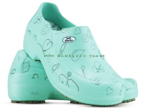Sapato Profissional Soft Works II Estampado Verde Hospitalar - Ícones Pretos