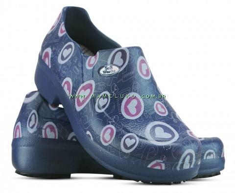 Sapato Profissional Soft Works II Estampado Azul Marinho - Corações Rosas