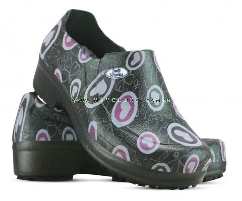 Sapato Profissional Soft Works II Estampado Preto - Corações Rosas