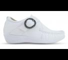 Sapato em Couro Salto Anabela Fivela - Branco