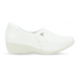 Sapato Branco Feminino Anabela 3411 - Branco com Pin Eletro Coração
