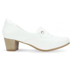 Sapato Branco Feminino 5227 - Branco com Pin Eletro Coração